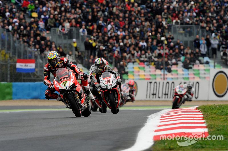 Chaz Davies, Ducati Team; Leon Haslam, Aprilia Racing Team