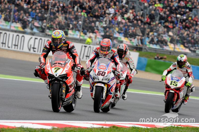 Chaz Davies, Ducati Team; Michael Van der Mark, Pata Honda