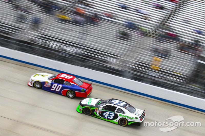 Маріо Госселін, King Autosport Chevrolet та Дакода Армстронг, Richard Petty Motorsports Ford