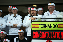 Fernando Alonso, McLaren celebrates his 250th GP with the team