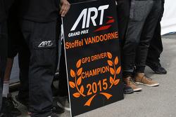 Stoffel Vandoorne, ART Grand Prix 2015 GP2 Champion