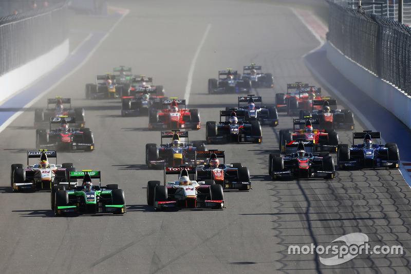 Richie Stanaway, Status Grand Prix leads Arthur Pic, Campos Racing
