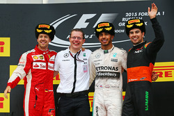 Podium: second place Sebastian Vettel, Ferrari and winner Lewis Hamilton, Mercedes AMG F1 and third place Sergio Perez, Sahara Force India F1