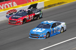 Cole Whitt, Front Row Motorsports and Ryan Blaney, Woods Brothers Racing Ford