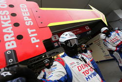 Toyota Racing механіки