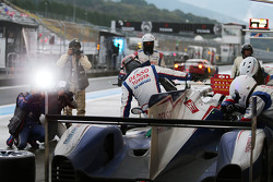 Toyota Racing pit stop