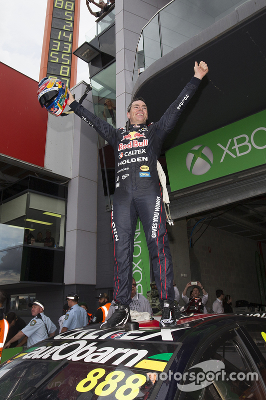 Race winner Craig Lowndes, Triple Eight Race Engineering Holden