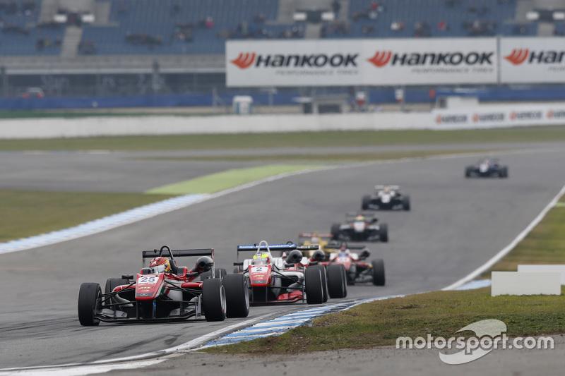 Lance Stroll, Prema Powerteam Dallara Mercedes-Benz and Jake Dennis, Prema Powerteam Dallara Mercedes-Benz