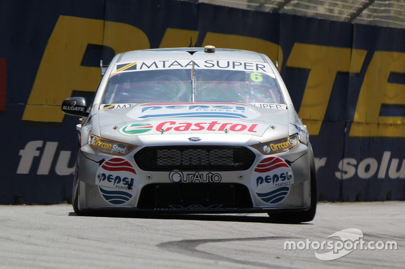 Cameron Waters та Рассел Інгалл, Prodrive Racing Australia Ford