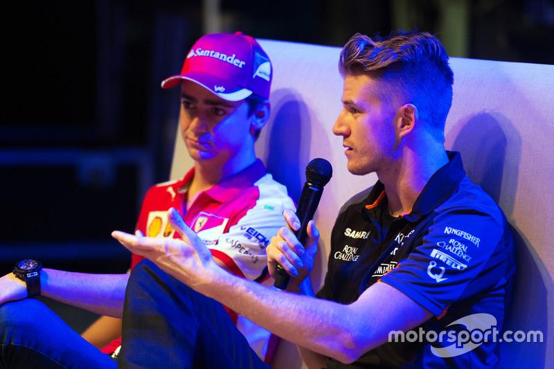 Ніко Хюлкенберг, Sahara Force India F1, та Естебан Гутьєррес, Ferrari Тестовий та резервний гонщик на форумі фанатів