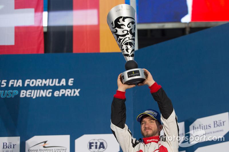 Podium: third place Nick Heidfeld, Mahindra Racing