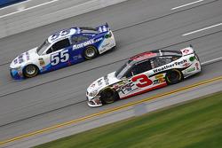 Austin Dillon, Richard Childress Racing Chevrolet and David Ragan, Michael Waltrip Racing Toyota