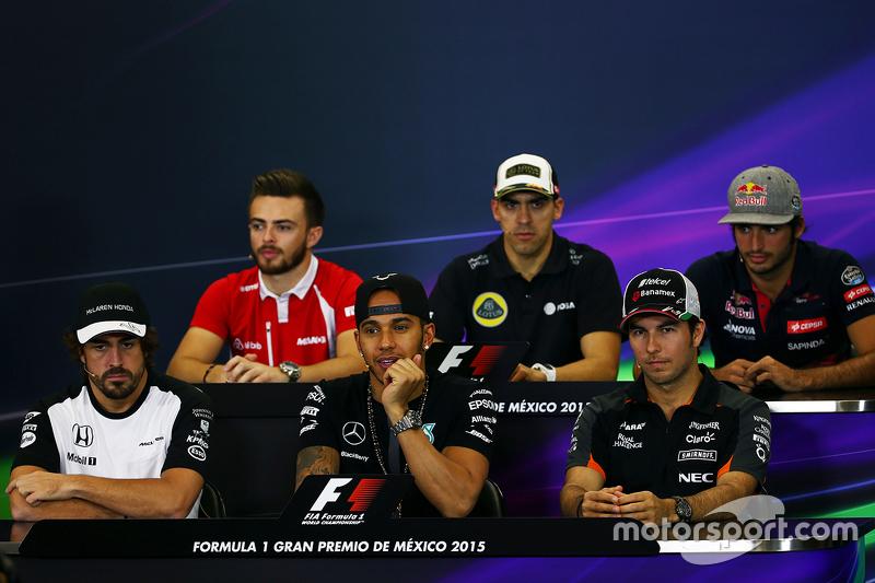 La Conferencia de prensa FIA Will Stevens, Manor Marussia F1 Team; Pastor Maldonado, Lotus F1 Team; Carlos Sainz Jr, Scuderia Toro Rosso; Fernando Alonso, McLaren; Lewis Hamilton, Mercedes AMG F1; Sergio Pérez, Sahara Force India F1