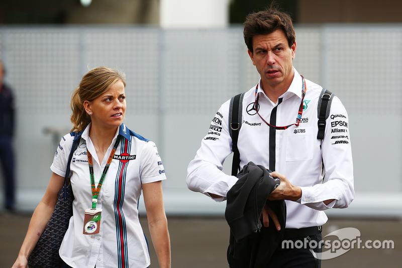 Susie Wolff, Williams con su esposo, Toto Wolff, Mercedes AMG F1