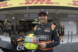 Sergio Pérez, Sahara Force India con su casco