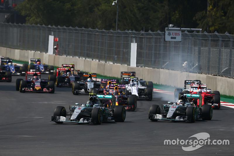 Rosberg van start tot finish