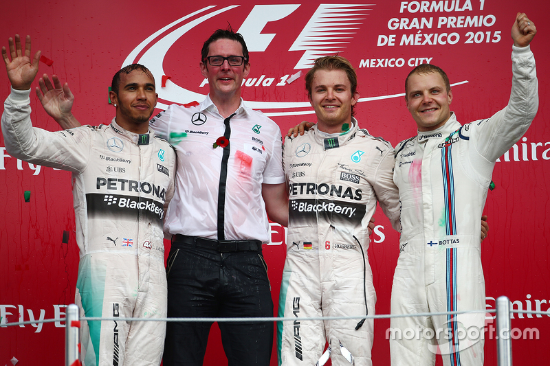 Podium: First place Nico Rosberg, Mercedes AMG F1 W06, Second place Lewis Hamilton, Mercedes AMG F1