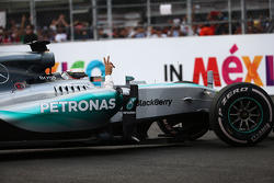 Le deuxième Lewis Hamilton, Mercedes AMG F1 W06