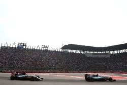 Нико Росберг, Mercedes AMG F1 Team и Льюис Хэмилтон, Mercedes AMG F1 Team