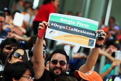 Sergio Pérez, Sahara Force India F1 fans en las tribunas