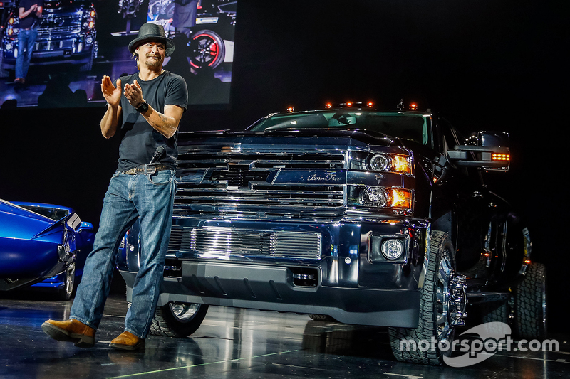 Kid Rock met zijn Silverado 3500 HD Kid Rock Concept