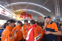 Disbelieve among Heinz Kinigardner and Repsol team members after the cancellation news