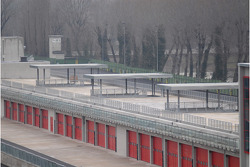 Imola circuit ve yeni pit construction