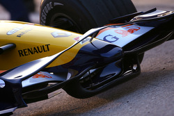 New renault R28 front wing detail