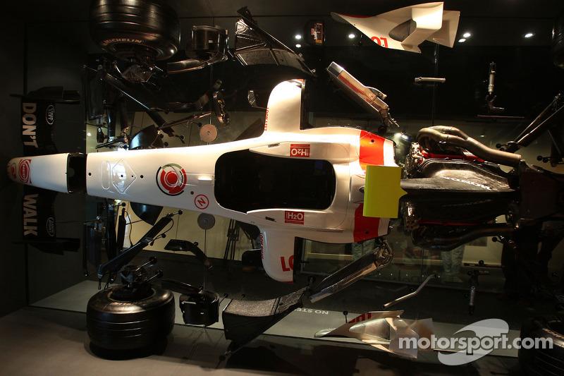 Inside the Honda Racing F1 Team base