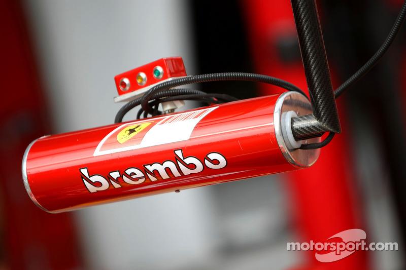 Scuderia Ferrari, signal light