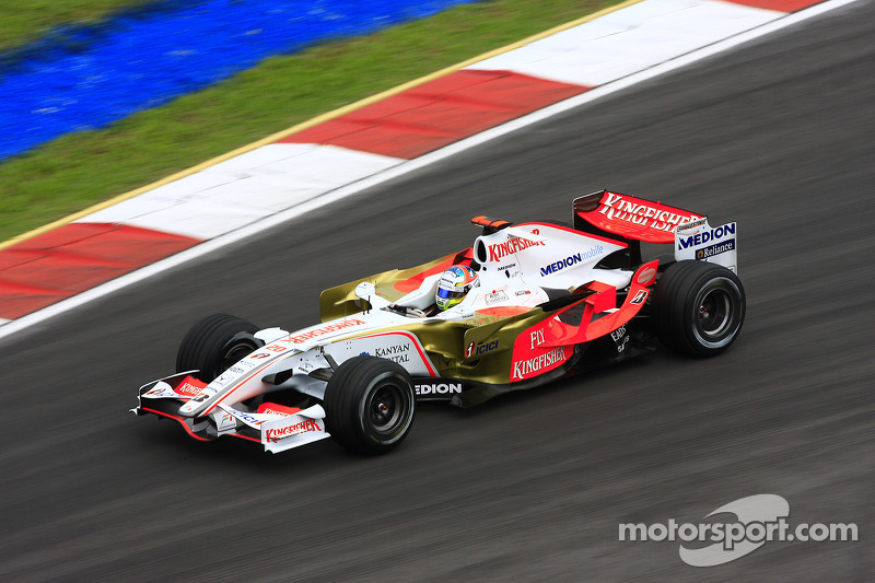 9. Adrian Sutil (128 Grandes Premios)