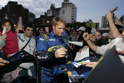 Petter Solberg meets the fans during the ceremonial star