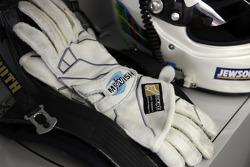 Allan McNish's gloves