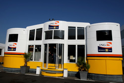 Renault F1 Team, Motorhome