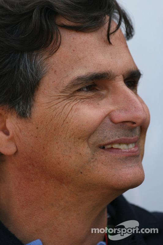 Nelson Piquet, father of Nelson A. Piquet, Renault F1 Team