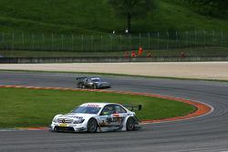 Jamie Green, Team HWA AMG Mercedes, AMG Mercedes C-Klasse leads Paul di Resta, Team HWA AMG Mercedes, AMG Mercedes C-Klasse