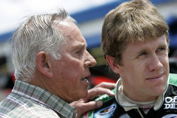 Carl Edwards talks to David Pearson