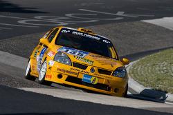 #135 Renault Clio RS: Uwe Reich, Alexander Starke, Robert Lomell, Markus Leger