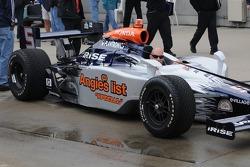 Oriol Servia's new sponsor Angie's list