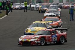 Pace lap: #2 Zakspeed Dodge Viper GTS-R: Sascha Bert, Tom Coronel, Christophe Bouchut, Duncan Huisman