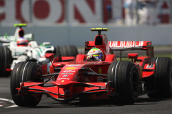 Felipe Massa, Scuderia Ferrari, F2008 leads Rubens Barrichello, Honda Racing F1 Team, RA108