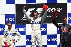 Podium: winnaar Robert Kubica met Nick Heidfeld en David Coulthard