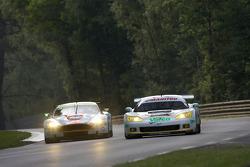 #007 Aston Martin Racing Aston Martin DBR9: Heinz-Harald Frentzen, Andrea Piccini, Karl Wendlinger, #72 Luc Alphand Aventures Corvette C6.R: Luc Alphand, Jérôme Policand, Guillaume Moreau