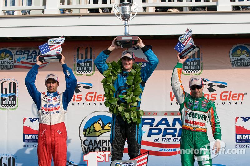 Podium: race winner Ryan Hunter-Reay with Darren Manning and Tony Kanaan