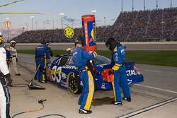 Pit stop for Kevin Harvick