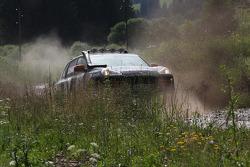 #9 Porsche Cars Great Britain Porsche Cayenne S Transsyberia: Martin Rowe and Richard Tuthill