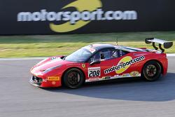 #208 Ferrai of Fort Lauderdale Ferrari 458 с логотипом Motorsport.com