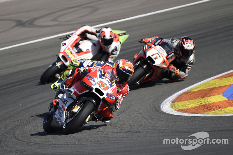 Мікеле Пірро, Ducati Team та Штефан Брадль, Aprilia Racing Team Gresini та Данило Петруччі, Pramac Racing Ducati