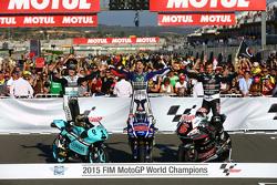 El Campeón de Moto3, Danny Kent, Leopard Racing Honda y el Campeón de MotoGP, Jorge Lorenzo, Yamaha
