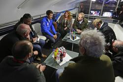 Sébastien Ogier, Volkswagen Motorsport con los medios